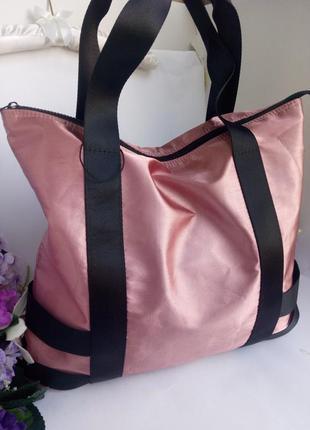 Большая вместительная спортивная кежуал сумка, на пляж, отдых, розовая атлас