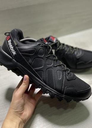 Оригінальні чоловічі кросівки reebok sawcut 4.0 gore-tex