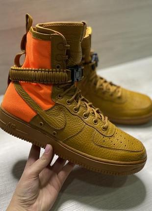 Оригінальні чоловічі кросівки nike air force sf af1 qs