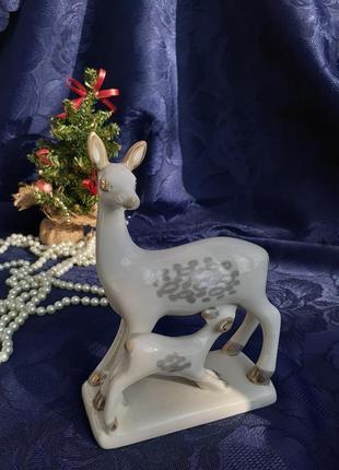 Лань с детенышем олениха с олененком фарфоровая статуэтка ссср полонное советская роспись