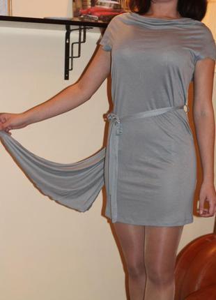 Необыкновенное серое платье со шлейфом, s, италия, kor-a-kor оригинал