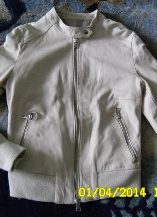 Легкая курточка из италии