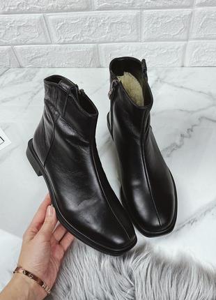 Распродажа ботинки 36,38 размер супер стильные