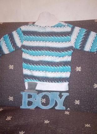 Детский свитер с горлом
