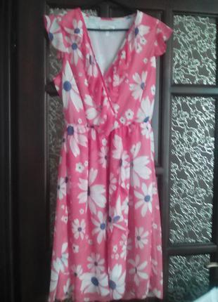 Шифонове плаття з рюшами