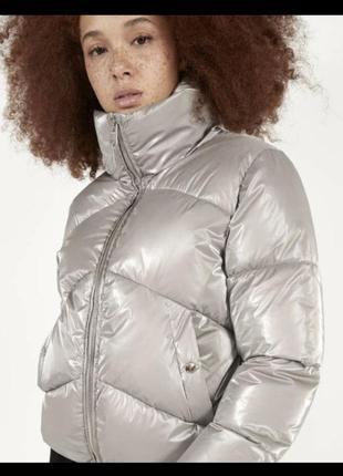Куртка bershka . демисезон
