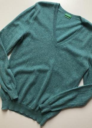Пуловер из итальянкой шерсти benetton