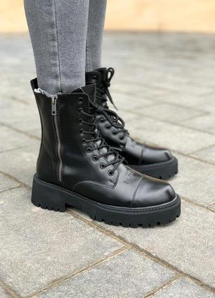 Зимние женские ботинки из натуральной кожи с мехом