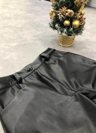 Кожаные крутые штаны!!! на флисе, новые!!