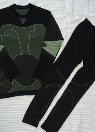 Термобелье штаны и реглан лонгслив в отличном состоянии,р. l