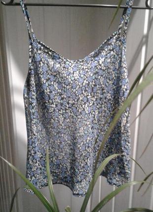 Блузка майка топ с актуальным цветочным принтом