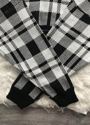 Трендовый укороченный свитер в клетку светр в идеальном состоянии 🖤i saw it first🖤7 фото