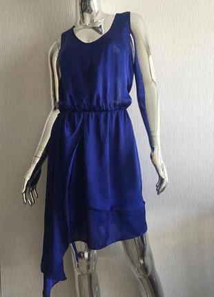 Красивое платье сарафан с удлинённым боком selected femme
