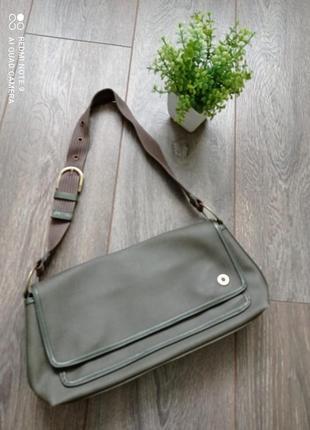 Стильная сумка клатч от esprit цвета хаки бутылочный зеленый