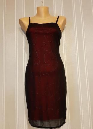 Платье мини красное с черной сеточкой сверху на бретельках размер s m