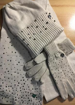 Шапочка шарфик и перчатки phard