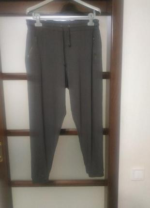 Шикарные брюки прогулочные.