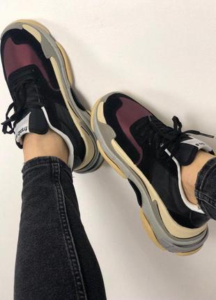 Женские бардовые чёрные стильные кроссовки(triple s v2 black burgundy)8 фото