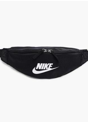 Сумка на пояс nike sportswear heritage ba5750-010 черный
