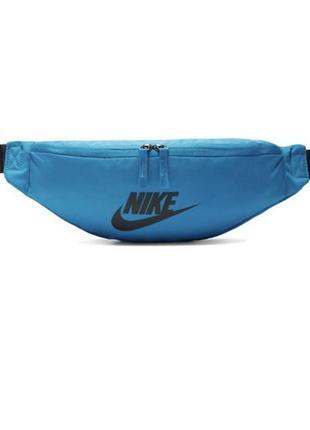 Сумка на пояс nike sportswear heritage ba5750-410 синий