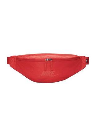 Сумка на пояс nike sportswear heritage ba5750-620 красный