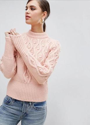 Красивейший актуальный свитер пудрового цвета