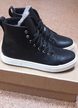 Распродажа! кожаные ботинки кеды