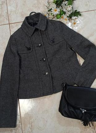 Красивый брендовый серый пиджак жакет gap шерсть турция