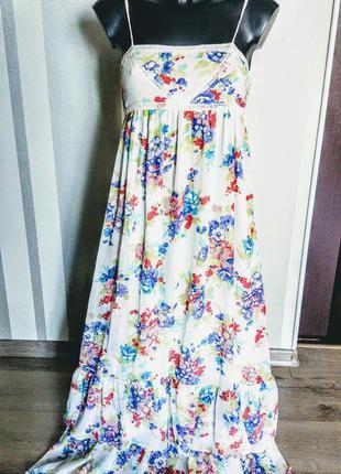 Летнее платье в пол в цветах на тоненьких бретельках, верх в бельевом стиле