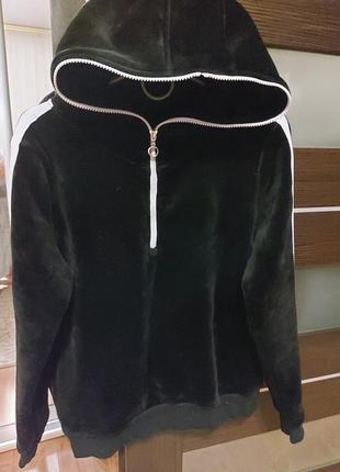 Теплый велюровый костюм