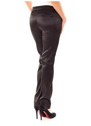 Изумительные атласные брюки датского бренда vero moda.