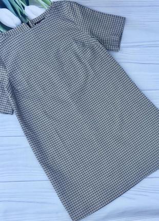 Стильное прямое платье плотной ткани avenue