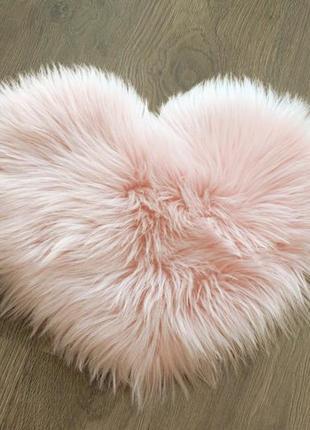 Пушистый коврик сердце для декора, 40*30 см. коврик сердечко, коврик мех