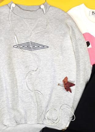 Классный винтажный свитшот от umbro, оригинал🖤6 фото
