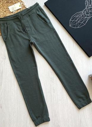 Зеленые трикотажные подростковые спортивные штаны для мальчика ovs kids италия