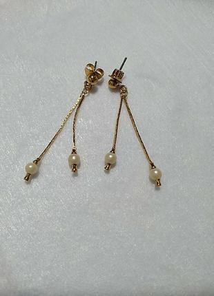 Серьги подвески на цепочках с искусственным жемчугом