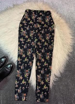 Стильный брюки размер xs