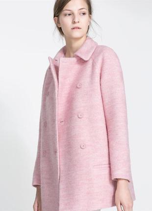 Стильное шерстяное пудрово-розовое пальто zara