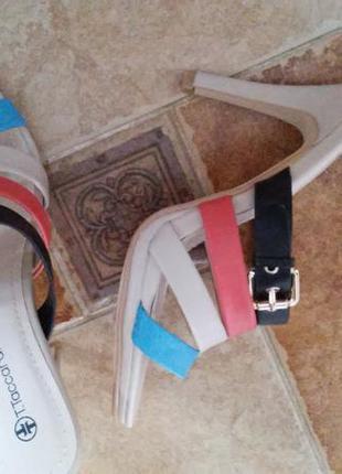 Супер шлепанцы, босоножки на высоком каблуке