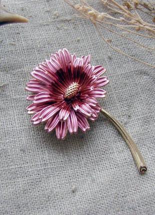 Элегантная крупная брошь цветок гербера с эмалью брошка с цветком. цвет розовый золото