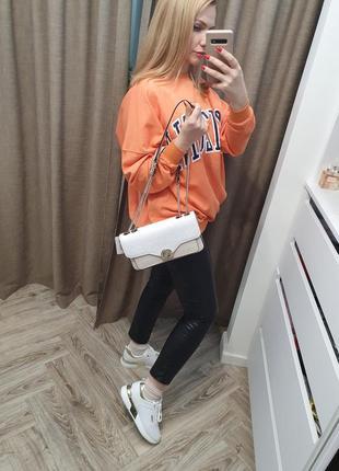 Длинный оранжевый свитшот на флисе. новый!