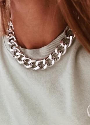 Крупная цепь на шею