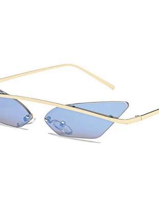 Летние винтажные солнцезащитные очки лисички нежно голубые