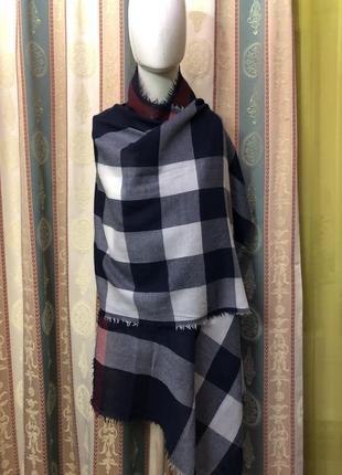 Кашемировый  шарф британского знаменитого бренда burberry