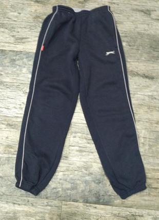 Спортивние штани для мальчика 7-9 лет slazenger