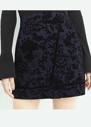 Стильная качественная юбка карандаш на подкладе бархатные цветы хлопок oasis