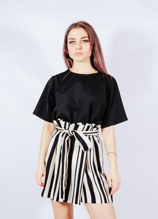 Бежевая короткая юбка со складками, бежева коротка спідниця