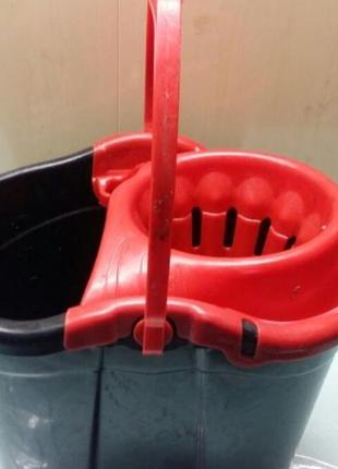 Ведро пластик для мытья полов