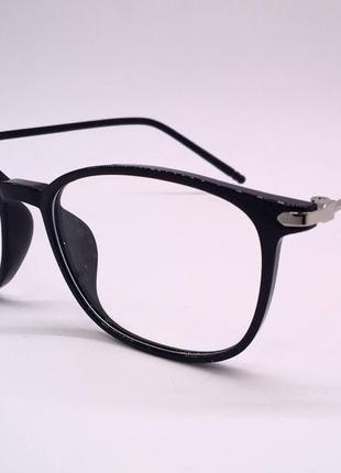 Стильные черные компьютерные очки