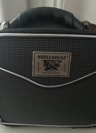 Крута каркасна сумка фірми nobelhouse